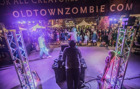 Zombie Crawl Outdoor Lighting Rental